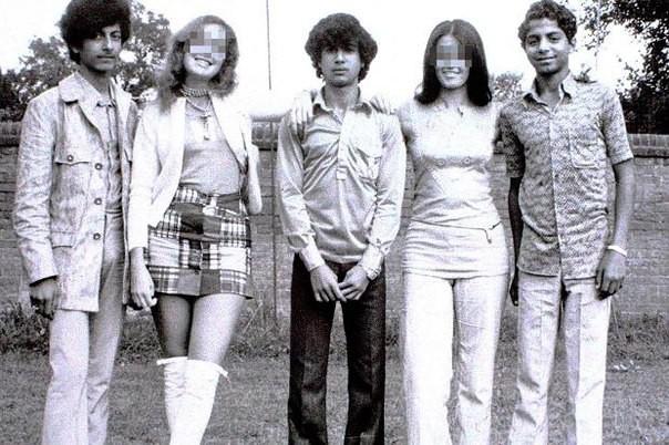 Усама бен Ладен с одногруппниками, 1971 год.