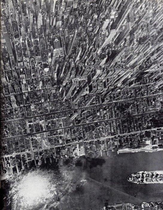 Манхэттен с высоты птичьего полета. США, Нью-Йорк, 1944 год.