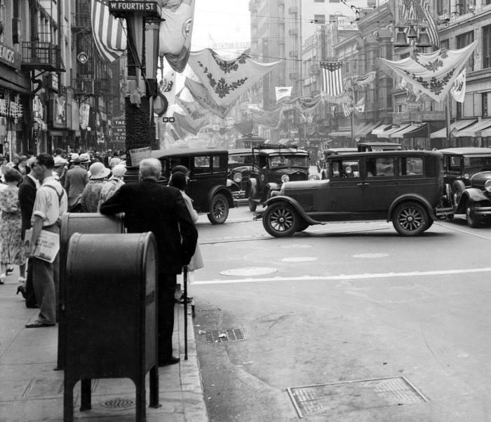 Пробки на южной стороне Бродвея, 1931 год.
