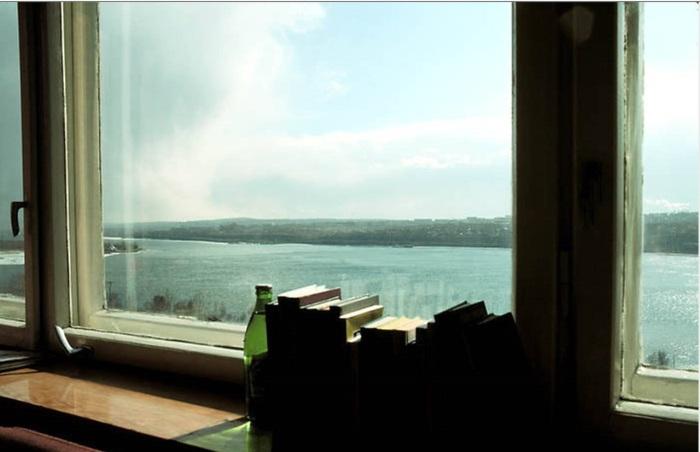 Вид на Ангару из окна гостиницы Интурист. СССР, Иркутск, 1988 год.