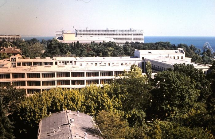 Вид на гостиницу Жемчужина.  СССР, Сочи, 1974 год.