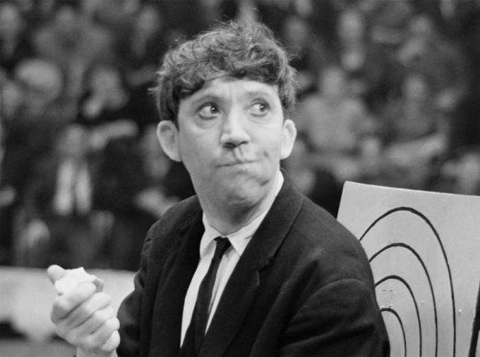 Юрий Никулин на репетиции в 1962 году.