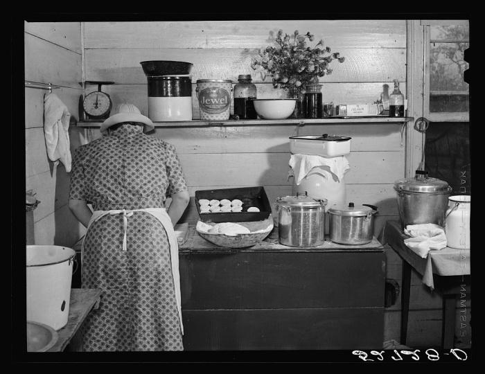 Приготовление классического американского печенья.