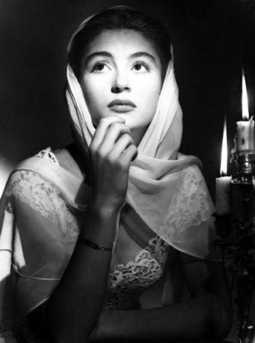 Актриса на съёмках фильма «Веронские любовники» в объективе легендарного фотографа Корнела Лукаса.