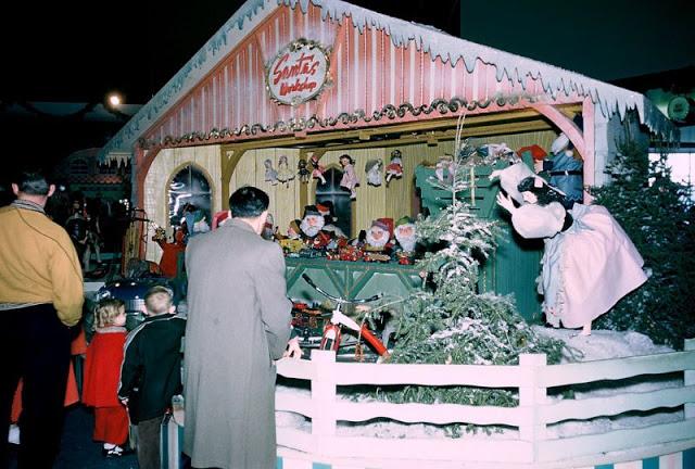 Рождественская выставка в Ford Rotunda, 1955 год.