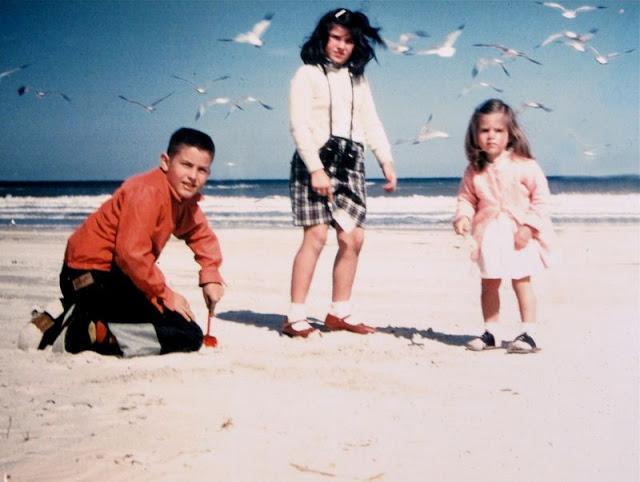 Отдых на пляже. США, Флорида, 1956 год.