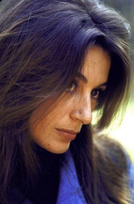 Анук Эме, сфотографированная Биллом Эприбиджем, 20 марта 1967 года.