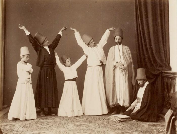 Ритуальный танец, основанный в XIII веке в Турции.