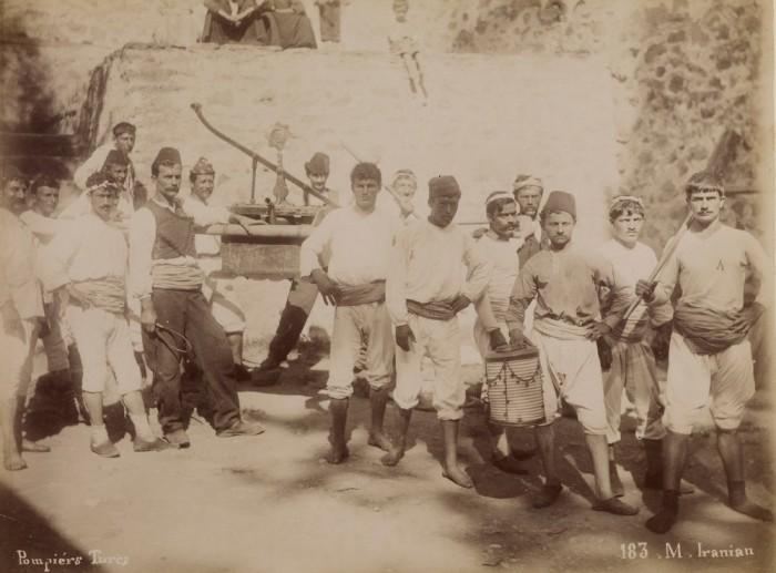 Турецкие пожарные. Константинополь, 1880-е годы.