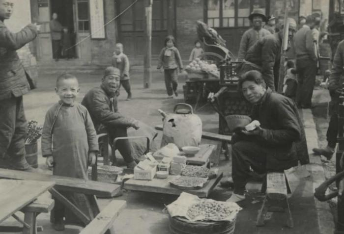 Центр города, Шанхай, 1900 год.