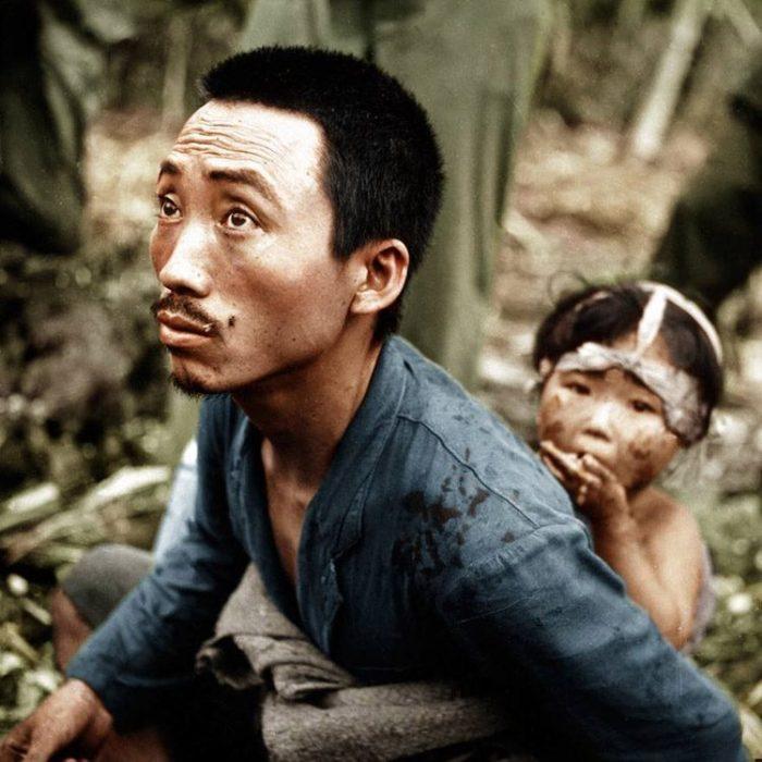 Мирные жители в 1944 году во время битвы за Сайпан.
