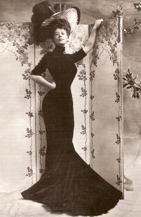 Американская актриса бельгийского происхождения.