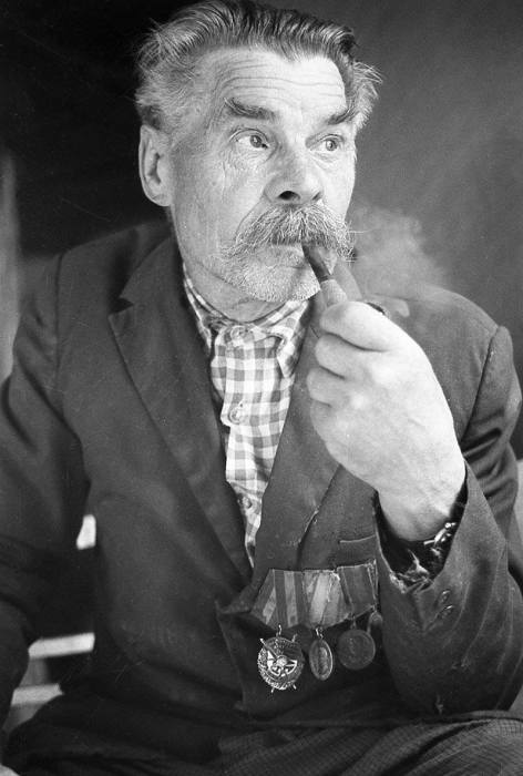 Участник группы белорусского народного ополчения, которая боролась с нацистским оккупационным режимом в период Великой Отечественной войны.