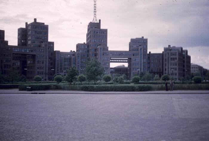 Новостройка в центре Харькова. СССР, Харьков, 1959 год.
