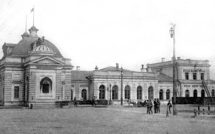 Сызрано-Вяземская железная дорога — одна из железных дорог Российской империи, образованная в 1890 году при слиянии Моршанско-Сызранской, Ряжско-Моршанской и Ряжско-Вяземской железных дорог.