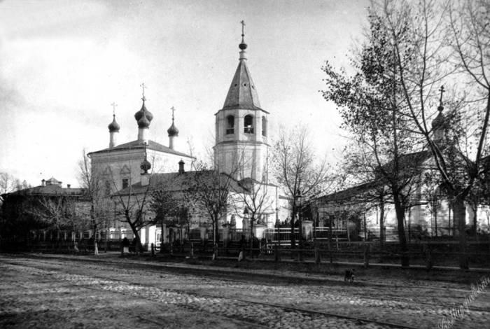 Спасо-Преображенская единоверческая церковь в 1980-ом году.