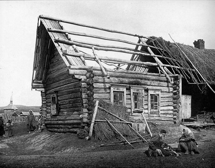 Изба в деревне Кадомке Сергачского уезда.