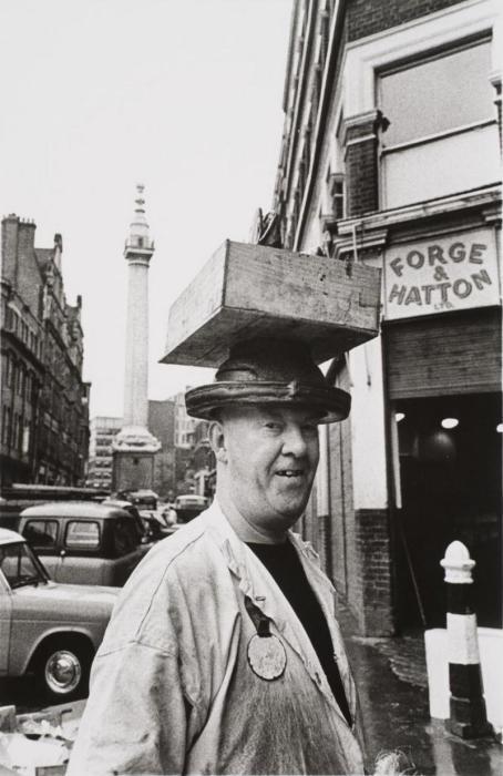 Рынок Биллингсгейт. Великобритания, Лондон, 1966 год.