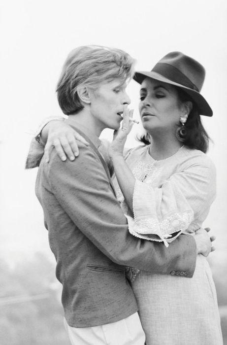 Дэвид Боуи и Элизабет Тейлор в Беверли-Хиллз.