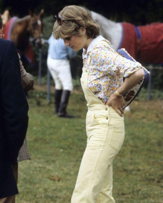 Принцесса Диана в Виндзорском парке в 1981 году.