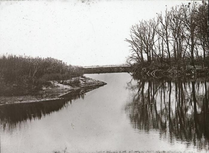 Река, которая на всем своём протяжении протекает по территории Украины.