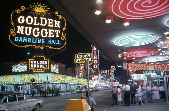 Курортный отель с казино в Лас-Вегасе.