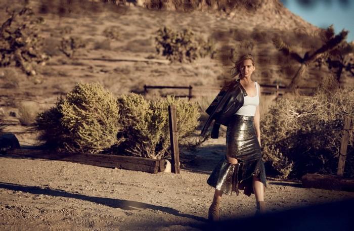 Дженнифер Лоуренс, снимается в необычной съемке для Christian Dior.