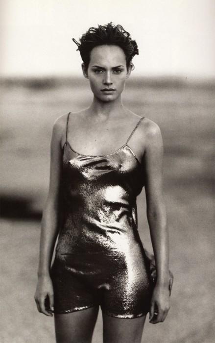 Одна из самых знаменитых и высокооплачиваемых фотомоделей девяностых.