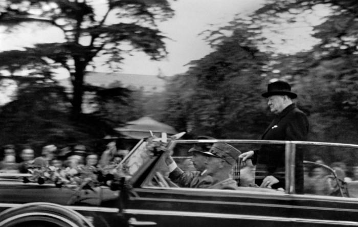 Пикассо, Че Гевара и другие известные личности на документальных фотографиях легендарного Рене Бурри