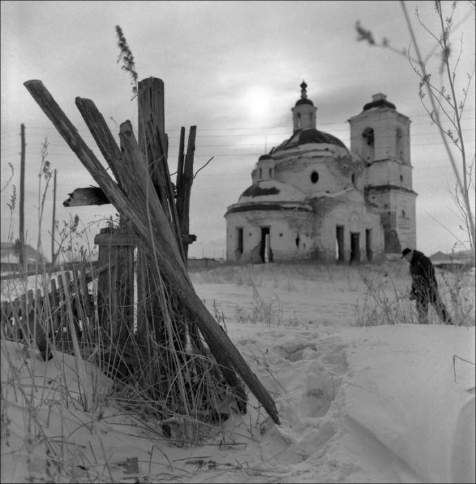 Сумерки. Красноярский край, село Частоостровское, 2005 год.