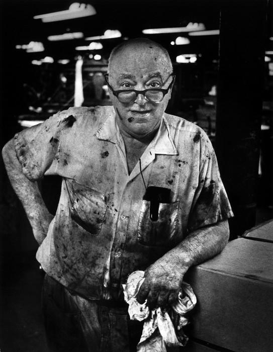 Машинист мельницы. США, Лоуэлл, штат Массачусетс, 1977 год.