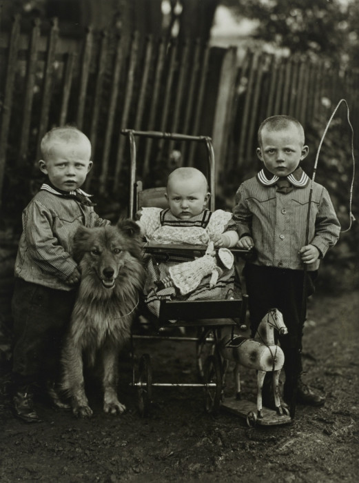 «Пусть дети вырастут фермерами!» Германия, 1913 год.