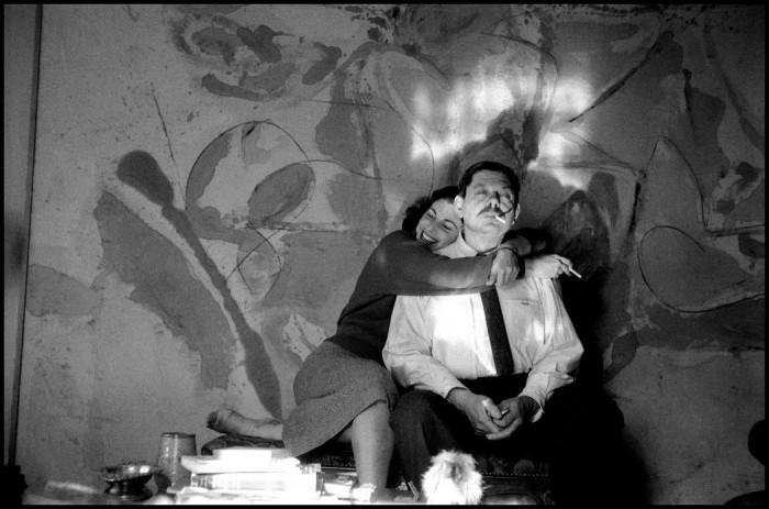 Американская художница абстракционистка Элен Франкенталер и представитель абстрактного экспрессионизма Дэвид Смит. США, Нью-Йорк, 1957 год.