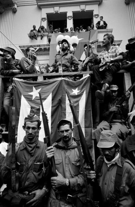 Яркое многочасовое выступление кубинского революционера. Куба, 1959 год.