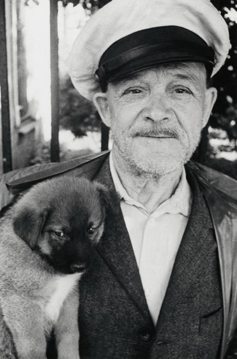 Трогательный снимок. СССР, Ленинград, 1985 год. Автор фотографии: Boris Smelov.