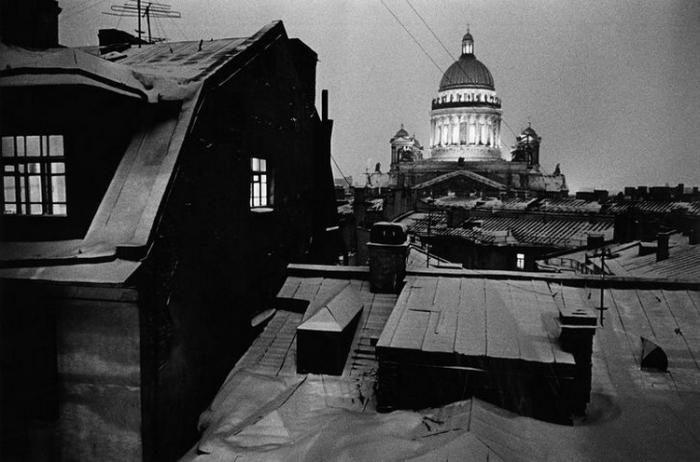 Собор преподобного Исаакия Далматского. Россия, Санкт-Петербург, 1992 год. Автор фотографии: Boris Smelov.