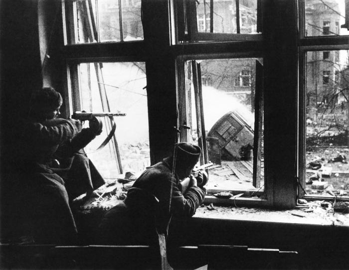 Боевые действия в тяжёлых городских условиях, 1943 год.