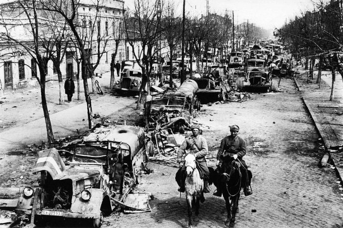 Техника, брошенная фашистами, 1944 год.