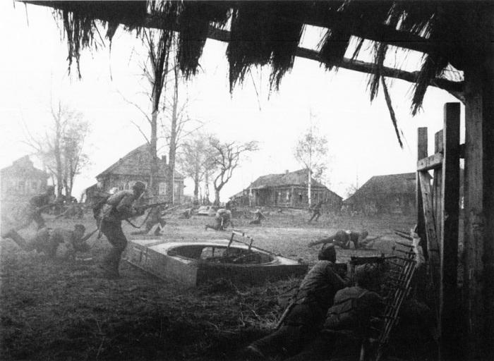 Каждый метр обороны деревни приходилось «прогрызать».