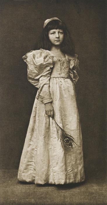 Портретный снимок маленькой принцессы, 1895 год.