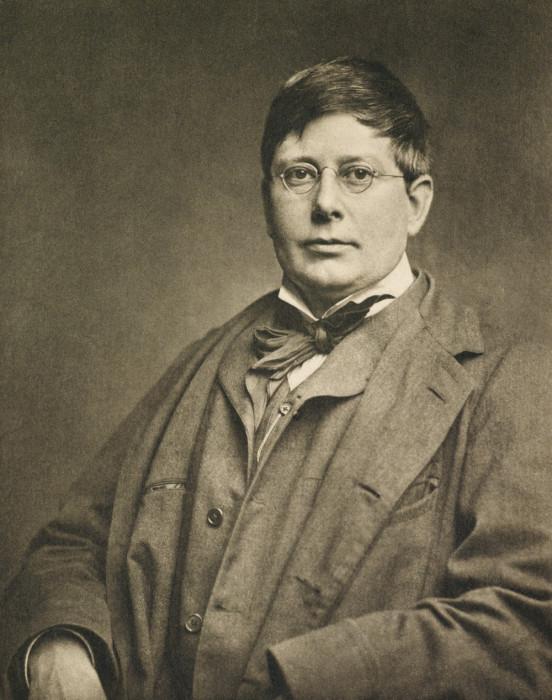 Английский скульптор и член Королевской академии художеств.