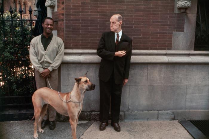 Уличная фотография в откровенном и сосредоточенном на людях стиле. Америка, Нью-Йорк, 1963 год.