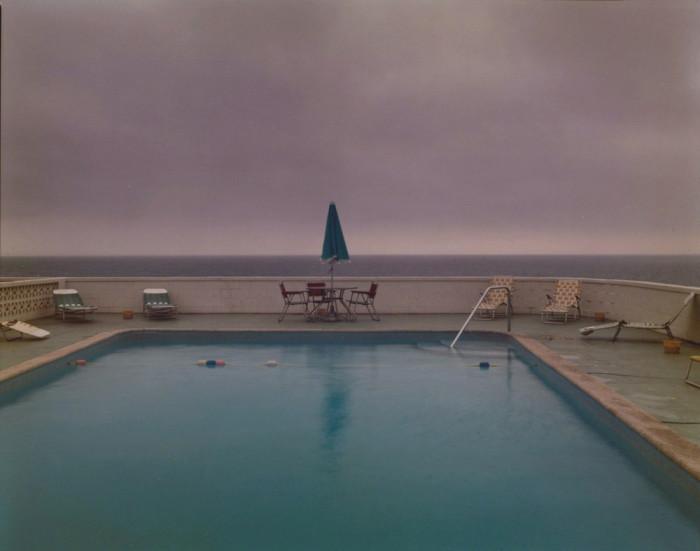 Бассейн с видом на океан. Соединённые Штаты Америки, Провинстаун, 1976 год.