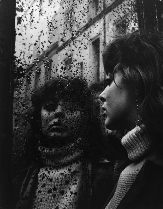 Вали в зеркале с звёздочками. Франция, Париж, 1952 год.