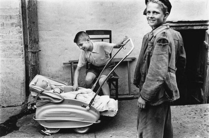 Подростки. СССР, Киев, 1955 год.