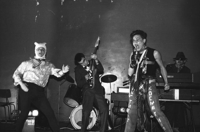 Концерт группы «НИИ Косметики». СССР, Москва, 1987 год. Автор фотографии: Igor Mukhin.