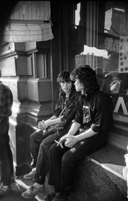 Юрий Каспарян и Виктор Цой. СССР, Ленинград, 1986 год. Автор фотографии: Igor Mukhin.