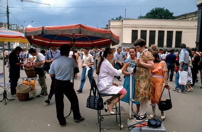 Советская Москва в объективе легендарного польского фоторепортёра Криса Ниденталя.