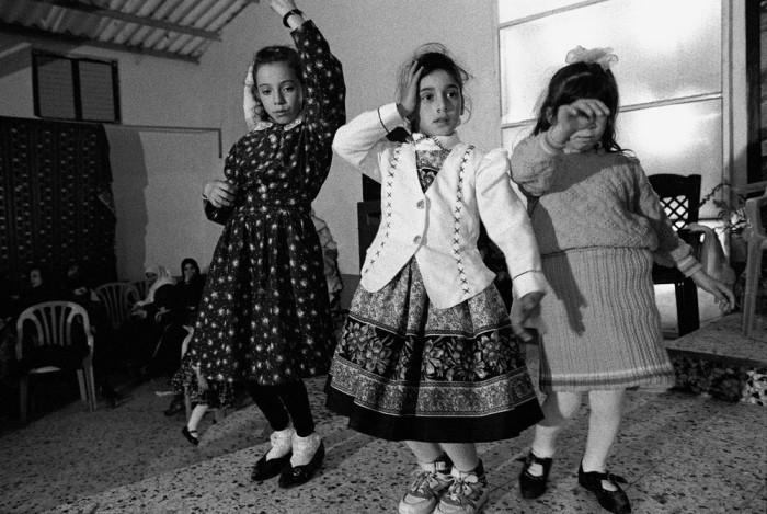 Танец на свадьбе. Сектор Газа, 1990-е годы.
