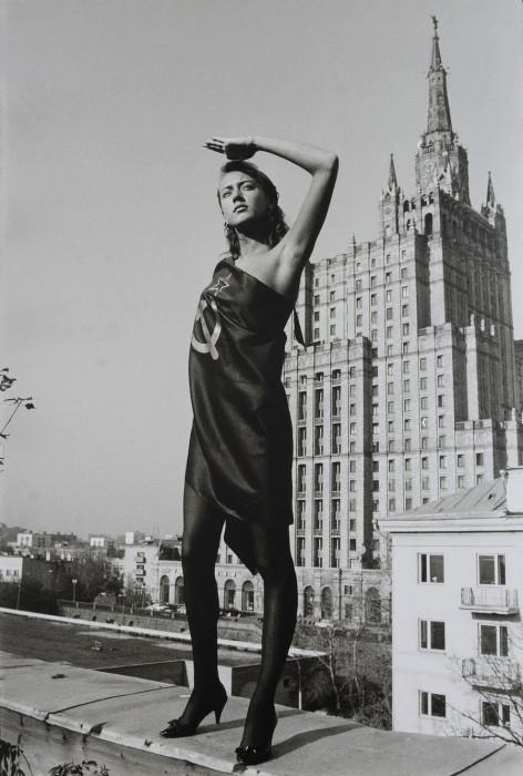 Одна из самых известных работ Борисова, которая стала настоящим символом перестройки.
